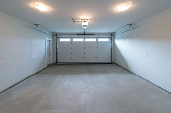 Trust Garage Door Service Las Vegas, NV 702-575-8674